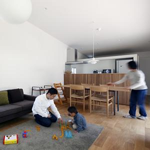 草津のコートハウス7