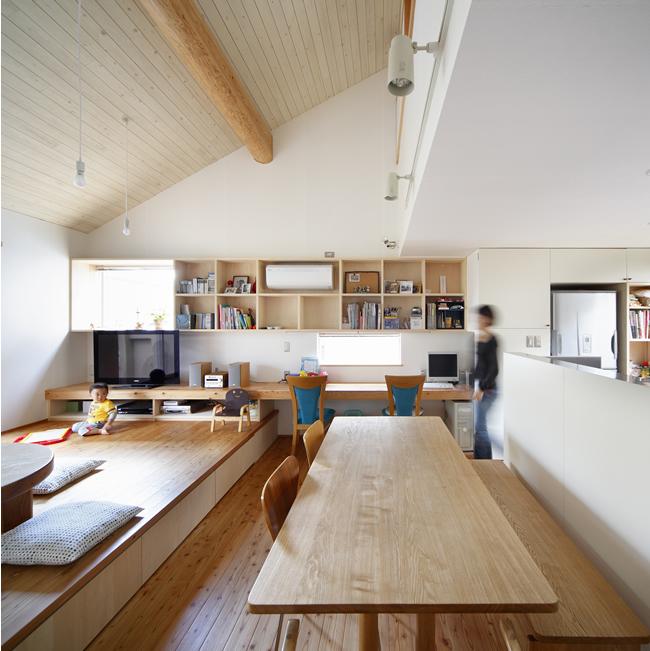 山手台の家6