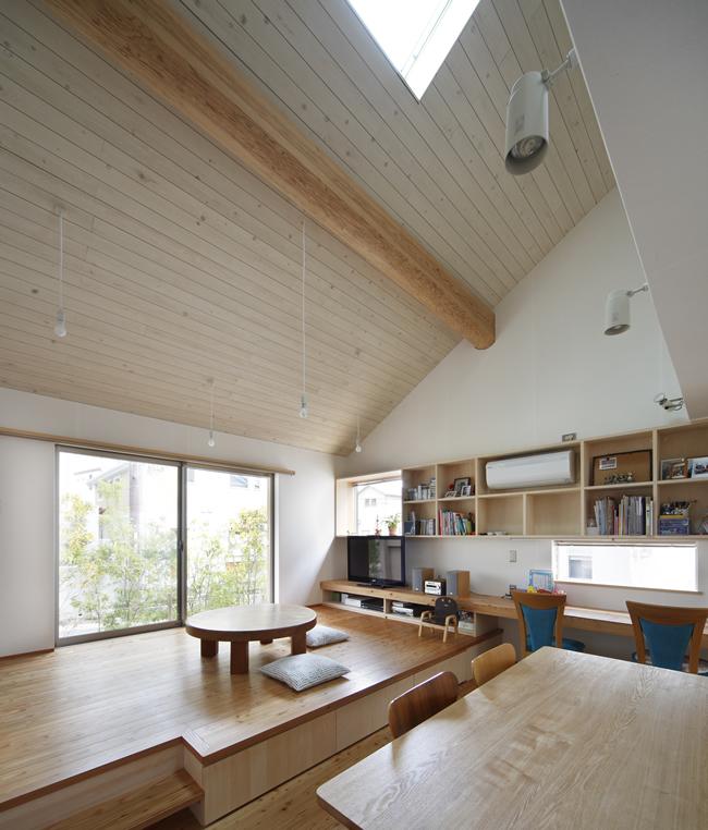 山手台の家7