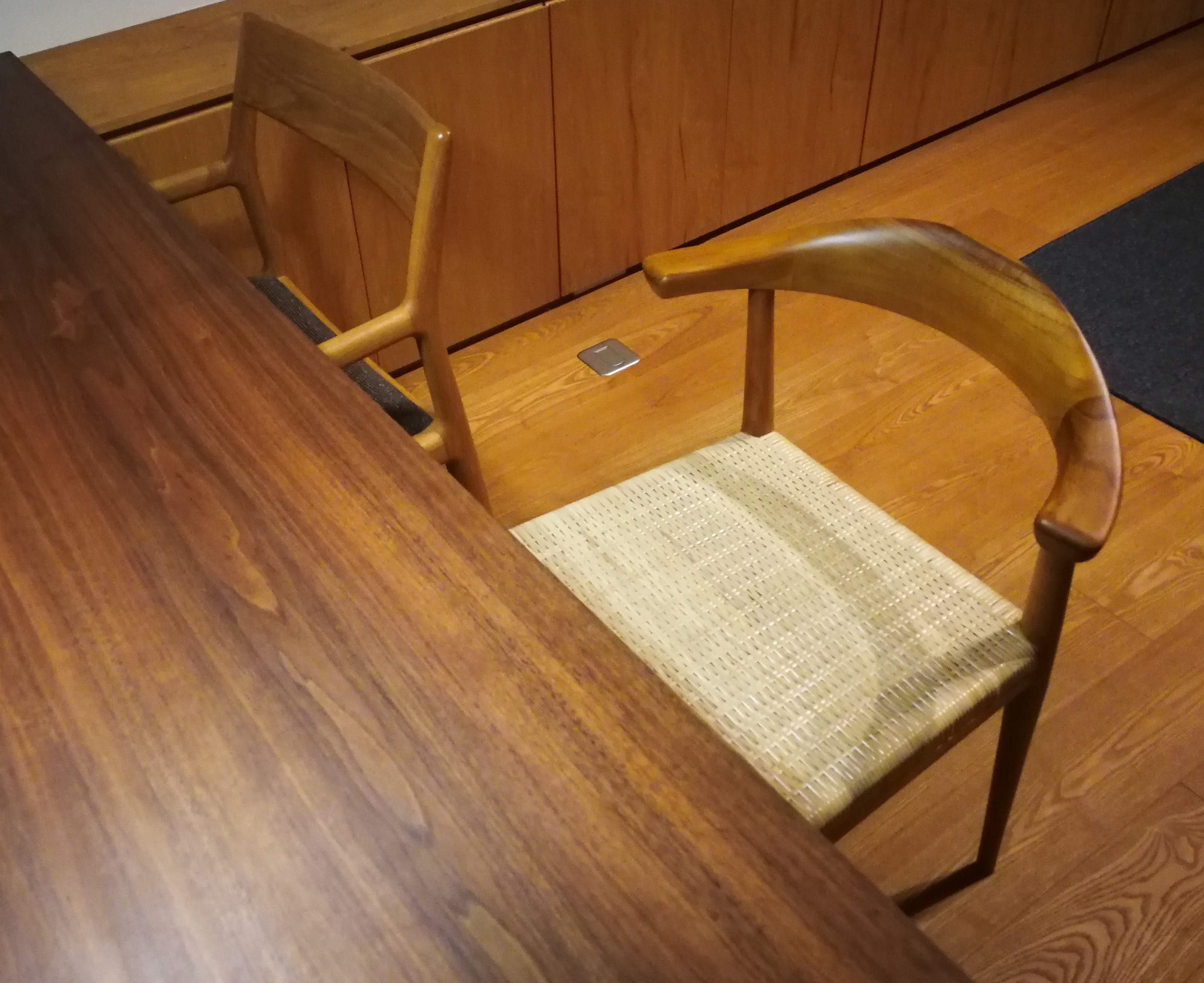 新しい椅子を購入
